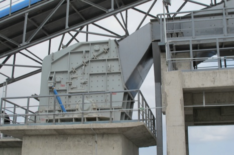 Impact Crusher and its Spare Parts Blow Bar exported to Sri Lanka